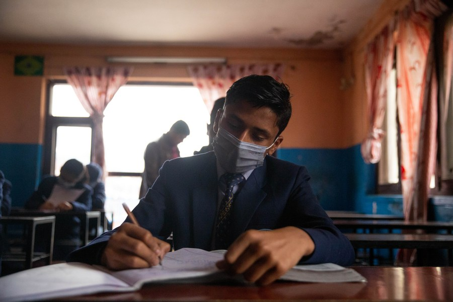 2nd wave of COVID-19 infection holds Nepali educational institutes, students in limbo - Xinhua | English.news.cn