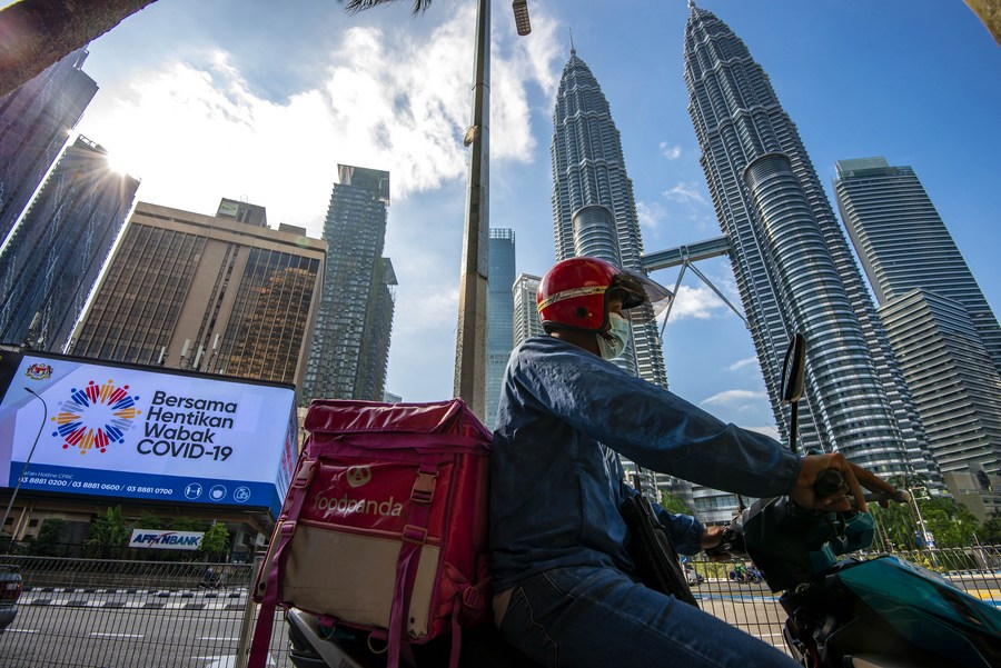 Malaysia conditionally approves CanSino COVID-19 vaccine for use - Xinhua   English.news.cn
