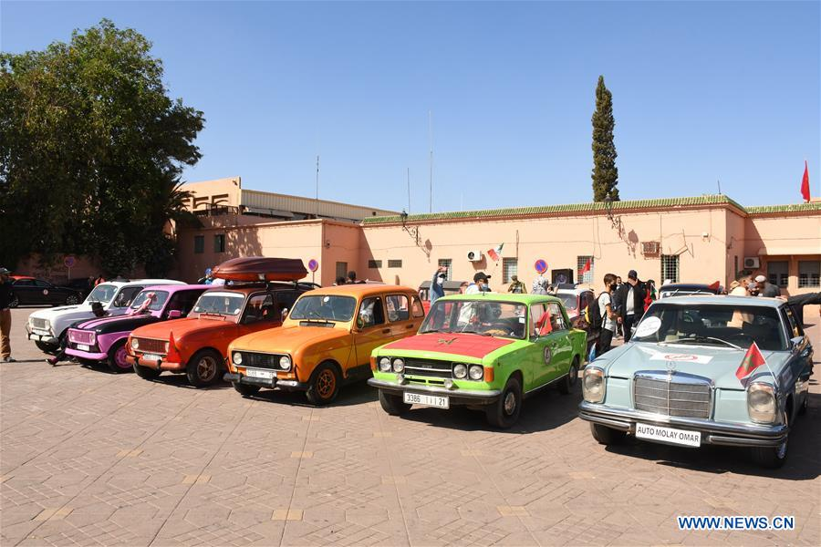 MOROCCO-MARRAKECH-VINTAGE CARS-EXHIBITION
