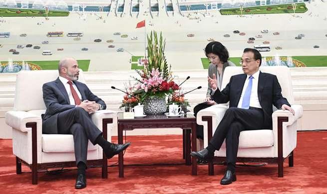 Chinese premier meets U.S. business delegation