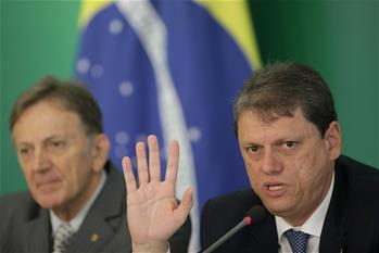 Brazil announces financial package to stave off strike against high price of diesel