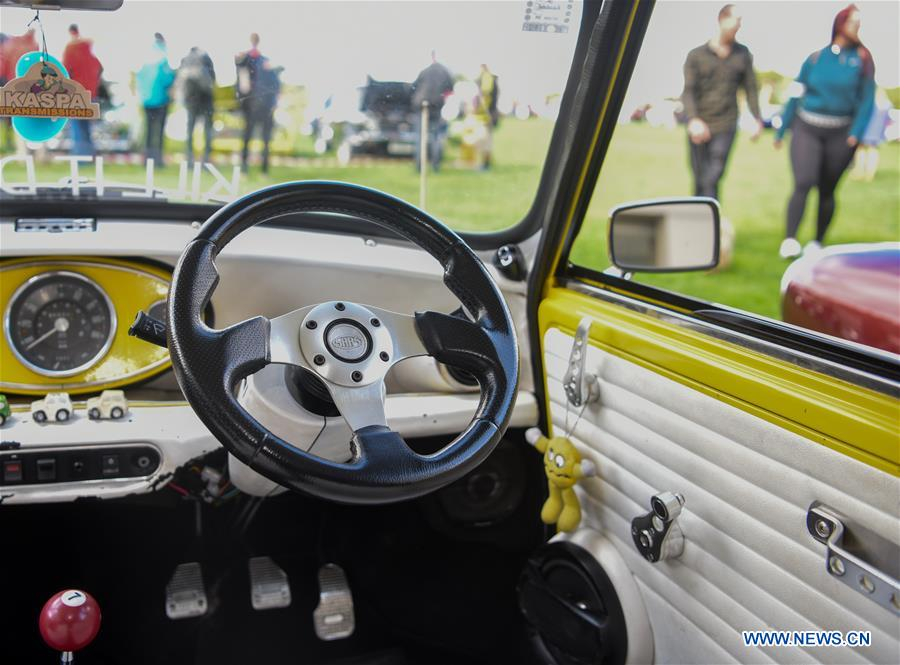 Over 120 Bmw Mini Cooper Vehicles Displayed In Wellington Xinhua