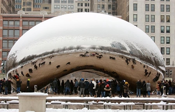 Winter storm hits Chicago, U.S.