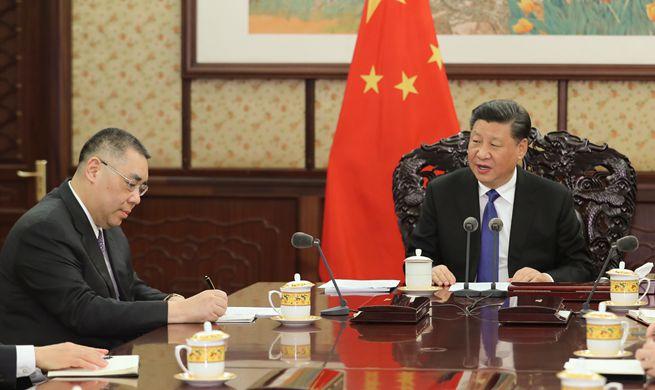 Xi meets with Macao SAR chief executive