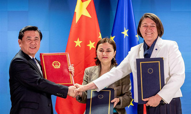 Xinhua Headlines: Milestone deal on civil aviation to enhance China-EU cooperation