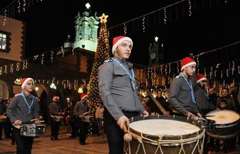 Syrians celebrate holiday season in Damascus