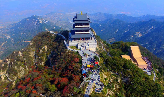 China witnesses 726 million domestic tourists during National Day holidays