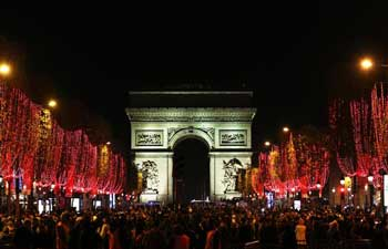 Annual Champs-Elysees Avenue Christmas illuminations event kicks off
