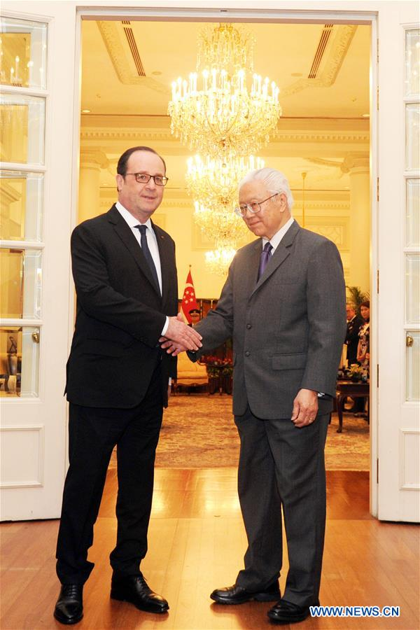 SINGAPORE-FRANCE-PRESIDENT-MEETING