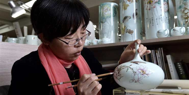 China's Zibo well-known for production and export of porcelain products