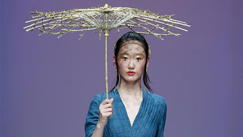 Creations from Shaanxi Fashion Engineering Uni presented at China Graduate Fashion Week