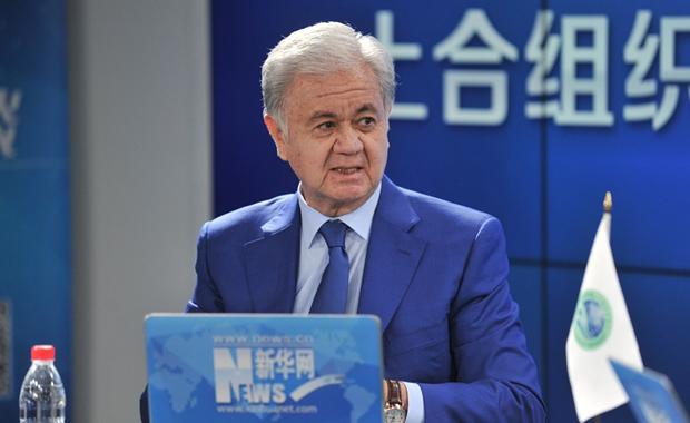 SCO Secretary-General Rashid Olimov holds online chat with Xinhua netizens