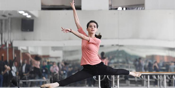 In pics: Xinjiang Art Theater Song and Dance Troupe in Urumqi