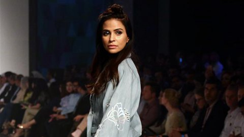 """Day 2 of """"Made In Pakistan"""" Fashion week"""