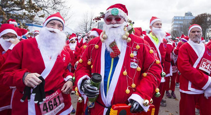 Santa 5K Run held in Hamilton, Canada