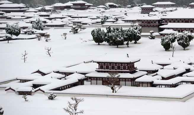 Snow scenery in east, northwest China