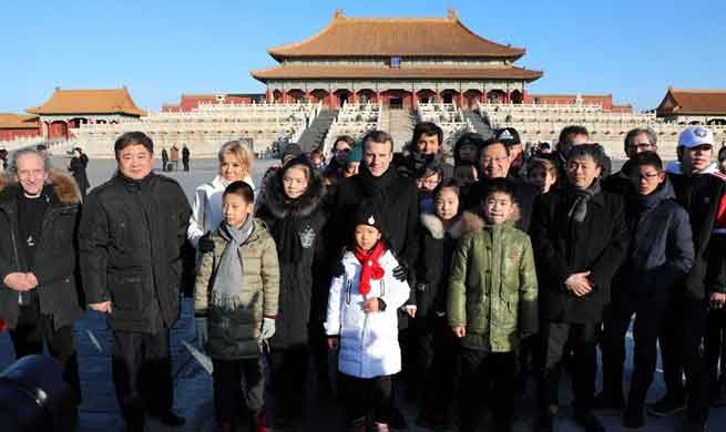 French president visits Beijing's Palace Museum