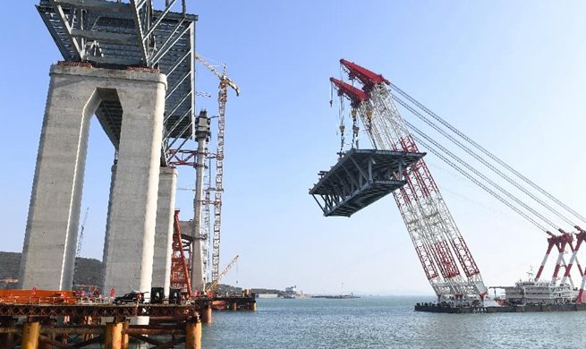 Pingtan cross-strait expressway-railway bridge under construction