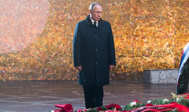 Putin attends 75th Stalingrad battle anniversary celebration