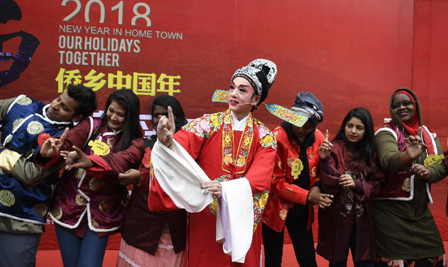 Foreigners take part in event greeting Spring Festival in China's Zhejiang