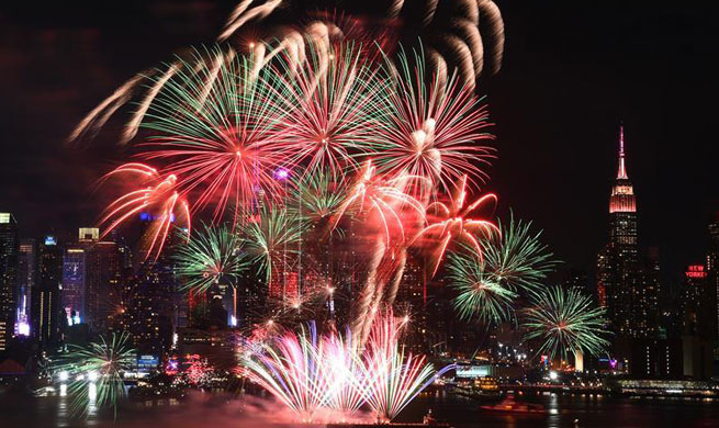 Fireworks light up New York sky to mark Chinese New Year