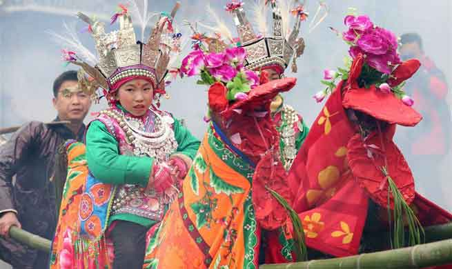 "People of Dong ethnic group celebrate ""Tai Guan Ren"" festival"