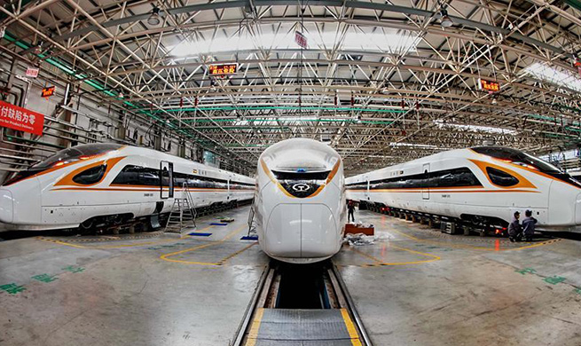 China's railway equipment manufacturing company gives priority to technological innovation