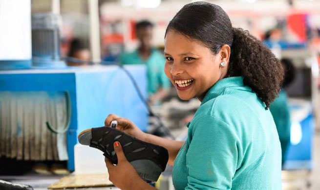 Xinhua Headlines: Chinese factory in Ethiopia ignites African dreams