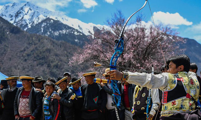 Tourism season kick-off ceremony held in SW China's Tibet