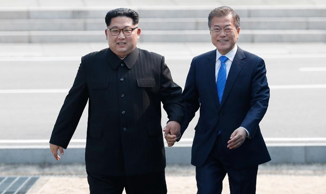 Xinhua Headlines: Moon-Kim summit rekindles hope of lasting peace on Korean Peninsula