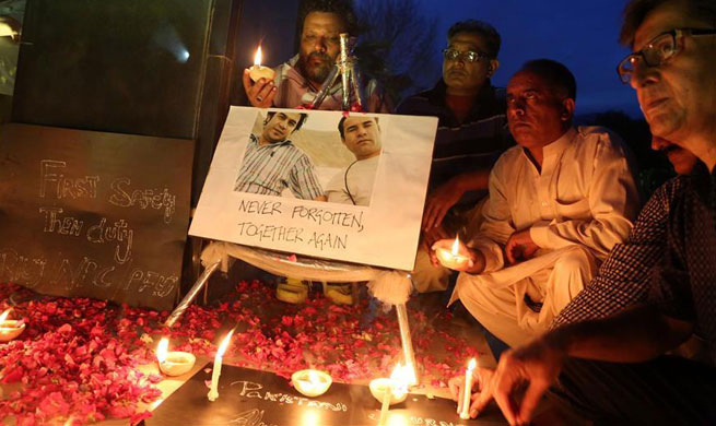Vigil ceremony held in Islamabad for journalists killed in Kabul suicide bomb blasts