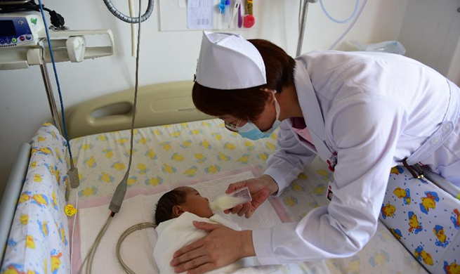 Nurses work ahead of International Nurses Day across China
