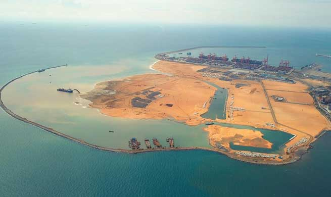 Feature: Hearts bound together, city built together -- China, Sri Lanka co-develop  Colombo Port City