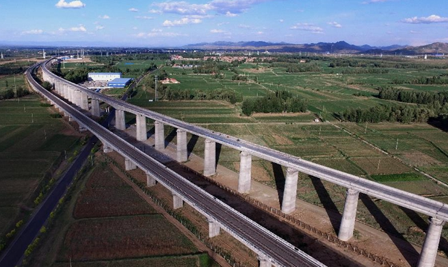 Datong-Zhangjiakou high-speed railway under construction in N China's Hebei