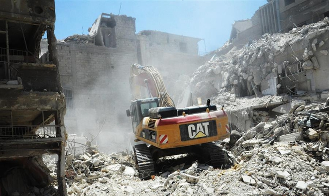 Syrian gov't starts demolishing largely-destroyed buildings in Harasta