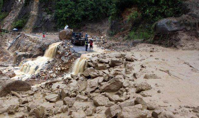 Flood, landslide fatalities increase to 7 in northern Vietnam