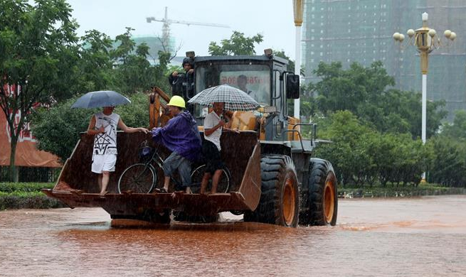 Heavy rain continues to batter China