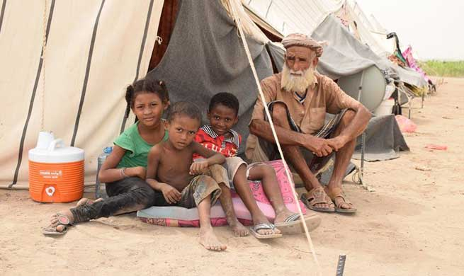 Feature: Yemeni IDPs suffer from scorching summer heat in Aden