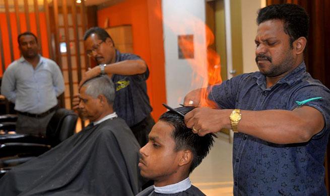 Hair burning becomes new sensation in Bangladesh
