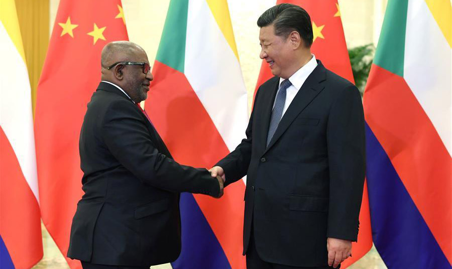 Xi meets Comoros president