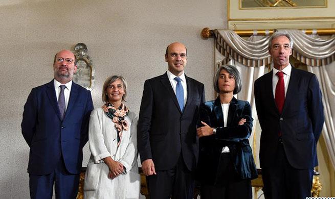 Portuguese PM reshuffles cabinet