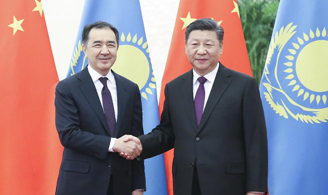 President Xi Jinping meets with Prime Minister of Kazakhstan