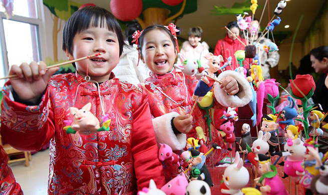 People around China celebrate upcoming New Year in various ways