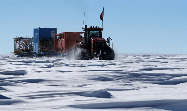 China's 35th Antarctic expedition team enters Dome A area