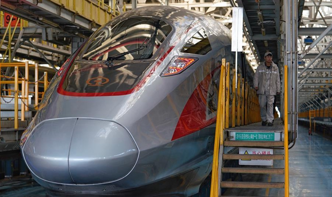 Two new Fuxing high-speed trains to be put into service soon