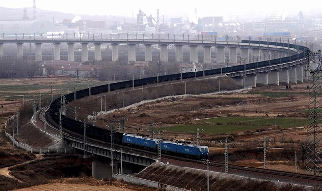 Over 7,000 heavy-haul freight train trips made on Watang-Rizhao Railway in 2018