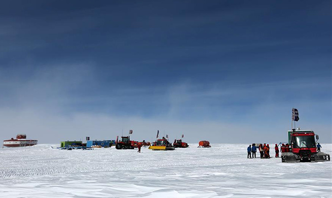 Kunlun team of China's 35th Antarctic expedition arrives at Taishan station
