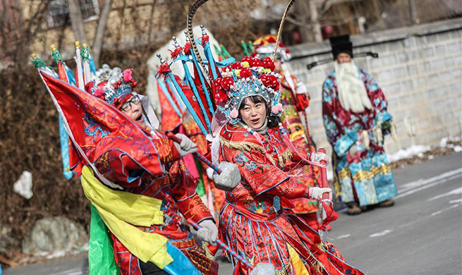 Villagers rehearse for traditional shehuo performance in NE China's Liaoning