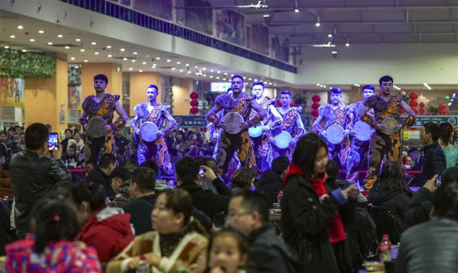 Second Hetian night market attracts visitors in NW China's Xinjiang