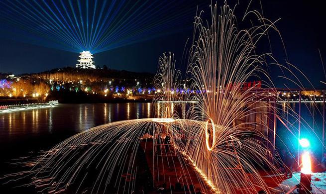 Lantern fair held in Tangshan, north China's Hebei